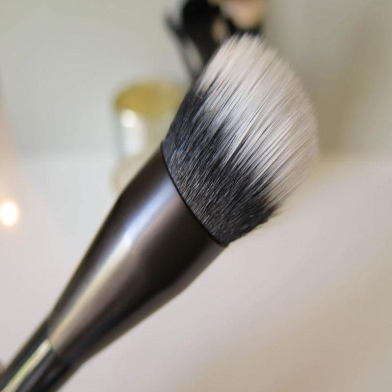 Professional Duo - Fiber Brush (Item Code 1131)